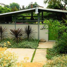 Modern front yard facelift