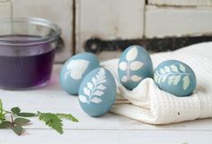 "How-To: ""Sunprint"" Easter Eggs in The BULLETIN at Terrain"
