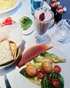 """275 Likes, 7 Comments - Dani McGowan ✨ London (@mermaidwaves) on Instagram: """"on the first day, we feast."""""""
