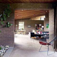 mid century bungalow living room