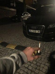 ♡ᵃʳᵗ ⁱⁿ ᵐʸ ᵛᵉⁱⁿˢ♡ · wonderland · Bad Boy Aesthetic, Aesthetic Grunge, Lucas Bin, Quit Tobacco, Lung Cancer Causes, Cigarette Aesthetic, Smoke Cloud, Smoking Kills, Cute White Boys