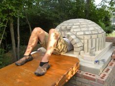 Man builds his own pizza oven in the yard : theCHIVE