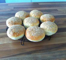 Recette - Pains hamburgers maison - Proposée par 750 grammes