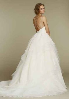 The way these straps are just so barely-there. | 50 Gorgeous Wedding Dress Details That Are Utterly To Die For