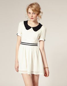 Nice peterpan collar white dress