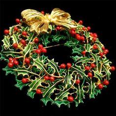 Christmas Wreath Brooch Pin Vintage Enamel Xmas Weiss