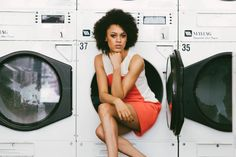 Retro Laundromat Photoshoot @luoluv