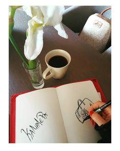 #Καλημέρα ❣!!! Λατρεύω τις δημιουργικές Κυριακές στο σπίτι μου!!! #homesweethome #Coffeetime #happyhour #Relaxday #HappySunday #loveadonioadriano #clutchbag #daybag #fashiondesigner #fashionblogger...