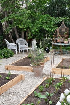 Brooke Giannetti's Kitchen Garden from her Velvet and Linen blog.