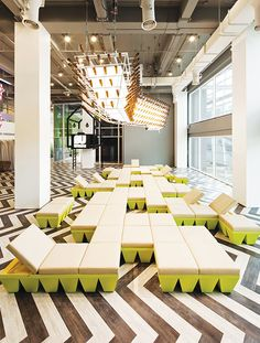 of BU Lounge / Supermachine Studio - 6 Bangkok University Student Lounge (aka BU Lounge / Imagine Lounge) Student Lounge, Office Lounge, Lounge Design, Design Design, Space Interiors, Office Interiors, Studios Architecture, Interior Architecture, Office Interior Design