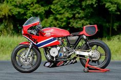BRS photoblog 51B-2014- custom,classic, racing motorcycles and caferacers ! http://bitubo-raceservice.blogspot.nl/