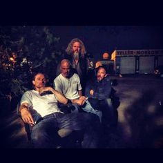 Via @davidlabrava (David Labrava) on Twitter: BROTHERS FOR REAL. PALS FOR LIFE.