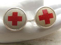 seabold vintage market: red cross love . .