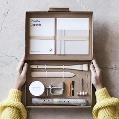 SHIPMENTS OUT OF EUROPE WILL TAKE 10-15 WORKING DAYS With this DIY-Kit you will learn a basic Japanese bookbinding technique, making a beautiful Japanese notebook with hardcover. The kit includes: - Handmade Beechwood folder (basic bookbinding tool) - 100 ml. synthetic glue paste -