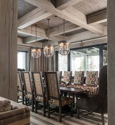 15 Log Cabin Style Meets Ethnic and Modern Interior Design Cabin Style Homes, Log Cabin Homes, Chalet Design, House Design, French Country Decorating, Modern Interior Design, Modern Rustic, Great Rooms, Interior Inspiration