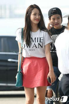 Yeeun/Yenny/ Ha:tfelt airport fashion  <3
