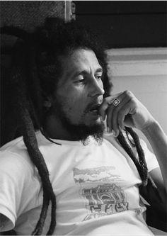 Legend Bob Marley - Home Bob Marley Kunst, Bob Marley Art, Bob Marley Legend, Reggae Bob Marley, Bob Marley Quotes, Ziggy Marley, Marley And Me, Damian Marley, Dancehall Reggae
