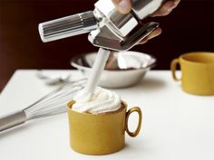 {iSi Creative Whip with Cream Chargers} make your own fancy whip cream at home! I want one of these :)