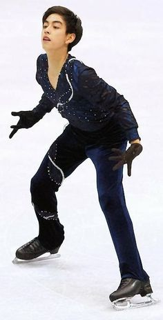 Michael Christian Martinez, 1st Filipino Figure Skater to Compete in Winter Olympics 2014 ~ theBUZZfinder