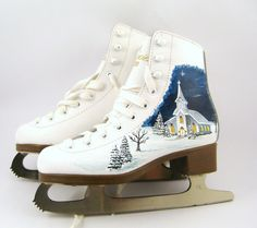 Hand Painted Ice Skates Winter Decor Christmas by DirtRode Ice Skating Cake, Ice Skating Party, Skate Party, Ice Skating Dresses, Painted Ice Skates, Painted Shoes, Ice Skate Drawing, Ice Skating Beginner, Ice Skating Pictures