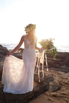 SPECIAL 20% OFF Fitted Mermaid Lace Wedding Dress with V Neck and Low Back India