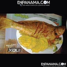 Pescado Frito con patacones :) Fried fish with tostones | #FOOD #COMIDA #DRINKS #BEBIDAS #FOTO #PHOTO #TRAVEL #VIAJES #PANAMA #EnPanama https://www.facebook.com/en.panama  EnPanama.com