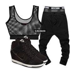 Boohoo top ($14) / @jessicabuurman pants ($39) / Moschino underwear ($62) / Nike Dunk Sky Hi ($120)