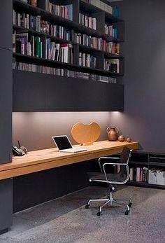 Czarne biuro