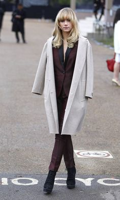 Suki Waterhouse At The Burberry Prorsum Show For London Collections Men AW14 - Thursday 9th January | InStyle UK