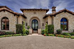 Tuscan style entry, a lot of stone! (Not a Lennar home) Tuscan Style Homes, Spanish Style Homes, Tuscan House, Spanish House, Style At Home, Style Toscan, Mediterranean House Plans, Mediterranean Architecture, Mediterranean Recipes