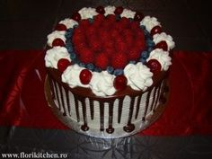 Tort cu fructe si ciocolata – Flori's Kitchen