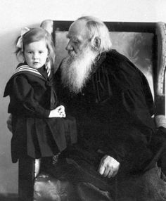 Leo Tolstoy (1828 – 1910) with his granddaughter Tatiana (1905 – 1996) in the armchair. 1909. #Leo_Tolstoy