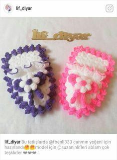This Pin was discovered by Mer Cute Crochet, Crochet Baby, Crochet Earrings, Fabric, Design, Crochet Hood, Throw Pillows, Ornaments, Amigurumi