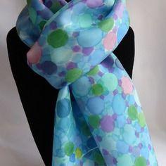 89c4813d0859 Echarpe foulard en soie peint main bleu et vert