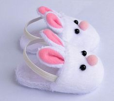 Doll Shoes White Bunny Slippers Fits 18 Inches American Girl Dolls Doll Accessories by sweet dolly Baby Doll Shoes, Cute Baby Shoes, Baby Doll Clothes, Barbie Clothes, Diy Clothes, Doll Shoe Patterns, Baby Shoes Pattern, Dress Patterns, Bunny Slippers