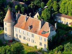 French Chateau for sale in 63 - Puy de Dome , Auvergne France. This superb Château dates from the 17th and 18th Cs