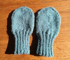 Linds Strikkepind: Babyvanter Knitting For Kids, Baby Knitting Patterns, Chrochet, Knit Crochet, Baby Mittens, My Children, Kids And Parenting, Sewing, Baby Knits