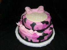 900_20396SoUz_pink-camo-cake.jpg (900×675)
