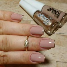 Perhaps you have discovered your nails lack of some fashionable nail art? Yes, lately, many girls personalize their nails with lovely … Nude Nails, My Nails, Acrylic Nails, Coffin Nails, Stylish Nails, Trendy Nails, Beautiful Nail Art, Perfect Nails, Manicure And Pedicure