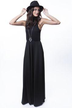 Vestido Gola Alta + Colar setas comprido  http://mhostore.com/
