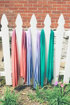 How to dip dye jersey scarves - no sewing is necessary for this easy DIY project.