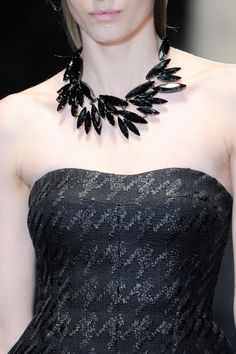 Gucci Fall 2013 RTW Collection #jewelry #strapless #houndstooth