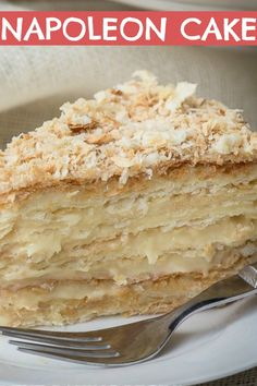 Russian Napoleon Cake – Puff Pastry Cake Russian Napoleon Cake is the ultimate Napoleon Cake and a cousin of the traditional Napoleon Recipe, it is made of crispy layers of puff pastry, sandwiched together with creamy and buttery custard. Puff Pastry Desserts, Puff Pastry Recipes, Pastry Cake, Köstliche Desserts, Delicious Desserts, Pastries Recipes, Baking Recipes, Cake Recipes, Dessert Recipes