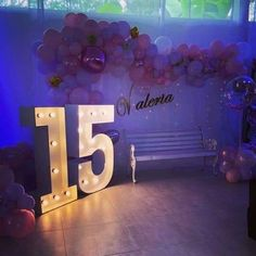 Find more info separated quinceanera center pieces Sweet 16 Party Decorations, Sweet 16 Themes, Quince Decorations, Birthday Decorations, Decoration Party, Party Themes, Quinceanera Planning, Quinceanera Centerpieces, Quinceanera Themes