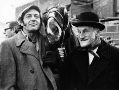British Tv Comedies, Classic Comedies, British Comedy, English Comedy, British Actors, Most Popular Tv Shows, Favorite Tv Shows, V Drama, Steptoe And Son
