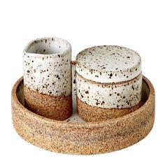 Discover Klei Sugar & Creamer with Tray Online Ceramic Clay, Ceramic Pottery, Pottery Art, Pottery Ideas, Slab Ceramics, Amaco Glazes, Pottery Handbuilding, Clem, Baking Clay