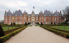 Château de la Ville d'Eu - #tourism #normandy #france