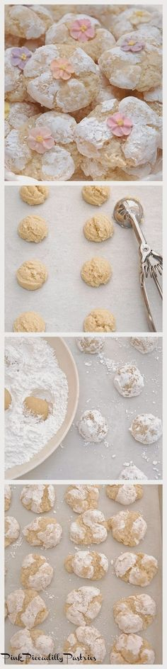 Pink Piccadilly Pastries: Fabulous Italian Amaretti Amaretti Cookie Recipe, Amaretti Cookies, Almond Cookies, Italian Cookie Recipes, Italian Cookies, Italian Desserts, Italian Foods, Tiramisu, Muffins