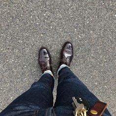 2017/02/27 14:00:50 yuusuke110 やっとまともに履きおろし👞 ・ 予定にはなかったけど天気良くて、今日履くしかないと思ってちょっとお出かけ。 靴用品買って、軽く古着屋でも巡るかな👖 ・ 外出た瞬間曇り始めて来たけど雨降らないことを祈ります🤞 ・ ・ #オールデン#コードバン#990#8#ヌーディジーンズ#グリムティム#足元倶楽部#足元くら部  #alden#alden990#cordovan#nudiejeans#grimtim#shoes#jeans#socks