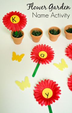 Flower Garden Name Activity perfect for summer fun for your little one.  Thanks FantasticFunandLearning.com for another brilliant idea!